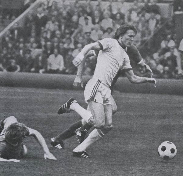 Футбол. О.Блохин